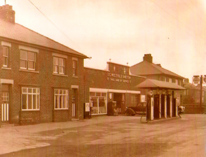 Roxby_Road_Garage_Winterton_Historical
